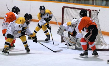 Kincardine Peewees, Novices play hard but only Bantams make it to finals at Silver Stick
