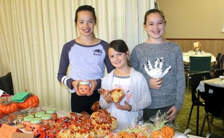 Crowd turns out for lunch, baking and more at Harvest Bazaar in Ripley