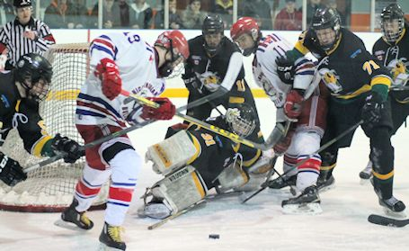 Kincardine Bulldogs push series to Game 5 Friday night at the Davidson Centre